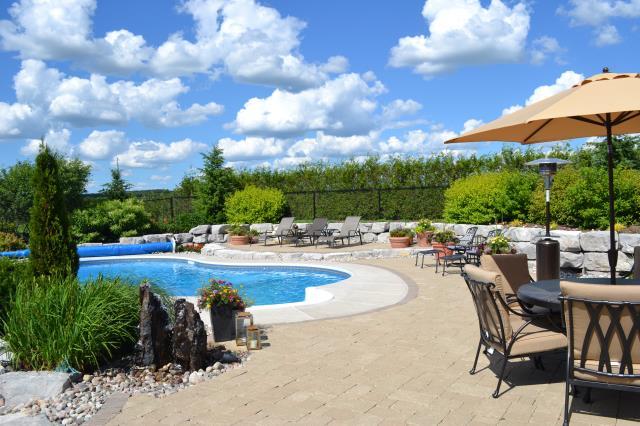 backyard-patio-by-zylstra-with-pool_0
