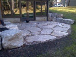 backyard-patio-by-zylstra-flagstone